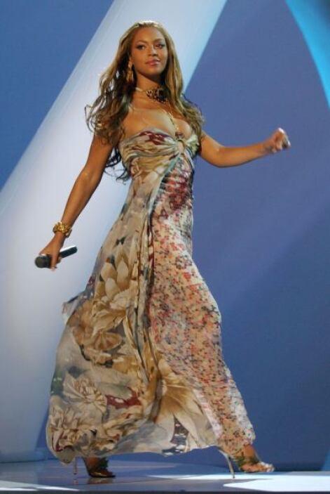 """En 2003 lanzó su primer disco ya como solista """"Dangerously in Love""""."""