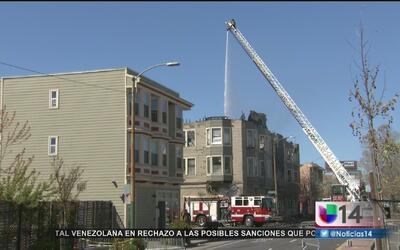 Revelan que edificio incendiado en Oakland tenía un historial de fallas