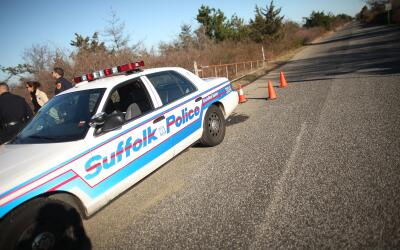 Las autoridades del condado Suffolk, de Long Island, investigan el asesi...