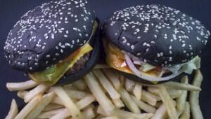 La hamburguesa negra