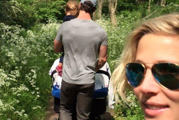 Un paseo en familia. Mira aquí los videos más chismosos.