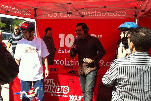 Y el ganador fue Juan Morales.Escucha El Show de Raúl Brindis por internet