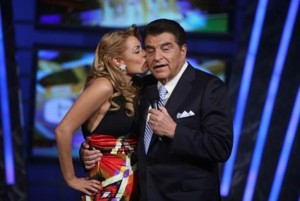 Don Francisco siempre está rodeado de bellas mujeres en Sábado Gigante,...