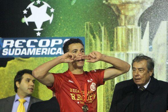 Silencio pide el goleador Lenador Damiao del Inter, el mejor jugador y g...