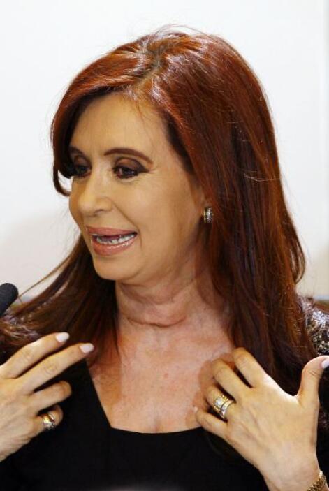 19.-CRISTINA KIRCHNER: Tiene 61 años. Es la actual presidenta de Argenti...