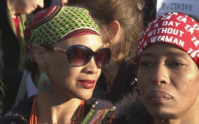 Al menos 13 mujeres fueron arrestadas en las protestas en Nueva York por...