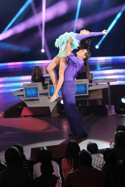 Julio Camejo demostró ser un gran bailarín y tambié...
