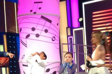 El talentoso cantante se llevó el primer lugar, dejando a Jazmín en segu...