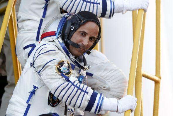 Acabá aborda la nave Soyuz que lo llevó al Espacio sin contratiempos.