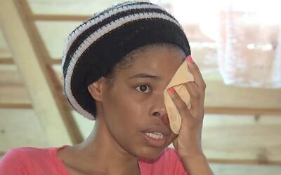 Mujer se aferra a la vida después de que le eliminaran un tumor que crec...
