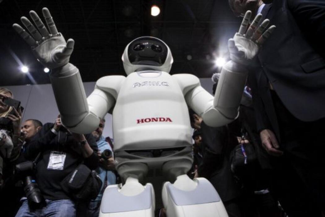 Y aunque es muy parecido al modelo de 2007, éste pesa sólo 49 kg.
