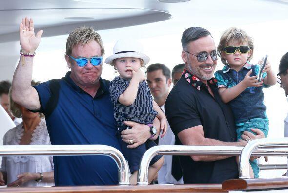Quisieras  pasar más tiempo libre con ellos, ¿no es así Elton?