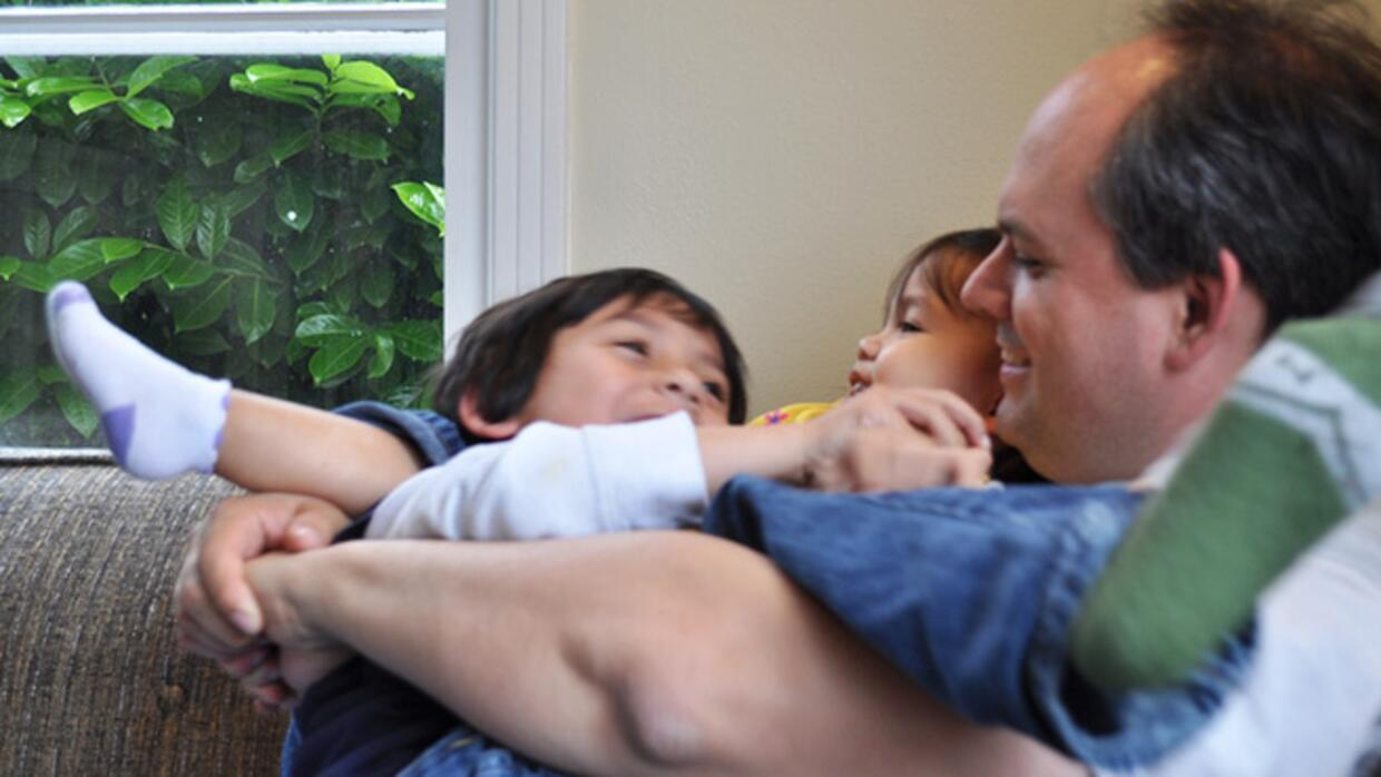 Here are five ways to support stay at home dads without stepping on his...