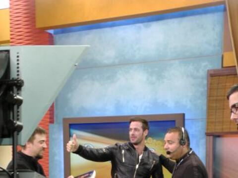 Este lunes, el actor cubano, William Levy llegó al programa con u...