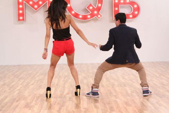 Anibal también es coreógrafo de las chicas de Nuestra Belleza Latina.