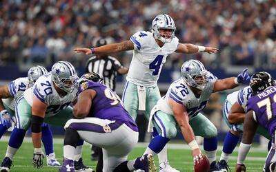 Dallas superó a Baltimore con otro gran partido de Dak Prescott