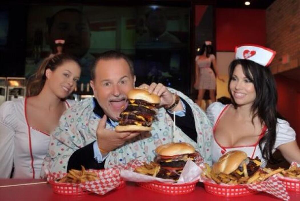 Y Raulito hace tres años comiendo muchas, muchas hamburguesas.  Mira aqu...