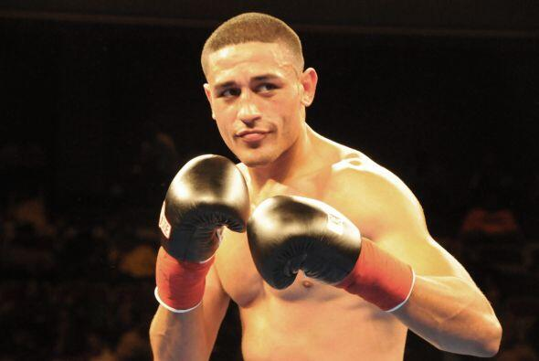 Miguel Cruz ha ganado sus dos peleas por nocaut.