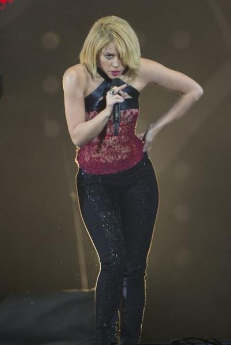 Algunos no estarán de acuerdo con este look, pero Shakira se siente muy...