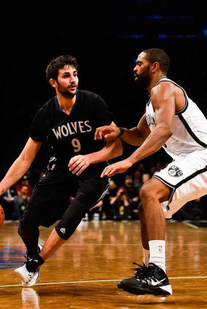 Ricky Rubio -  $5.070.686 - El base español juega para los Timberwolves,...