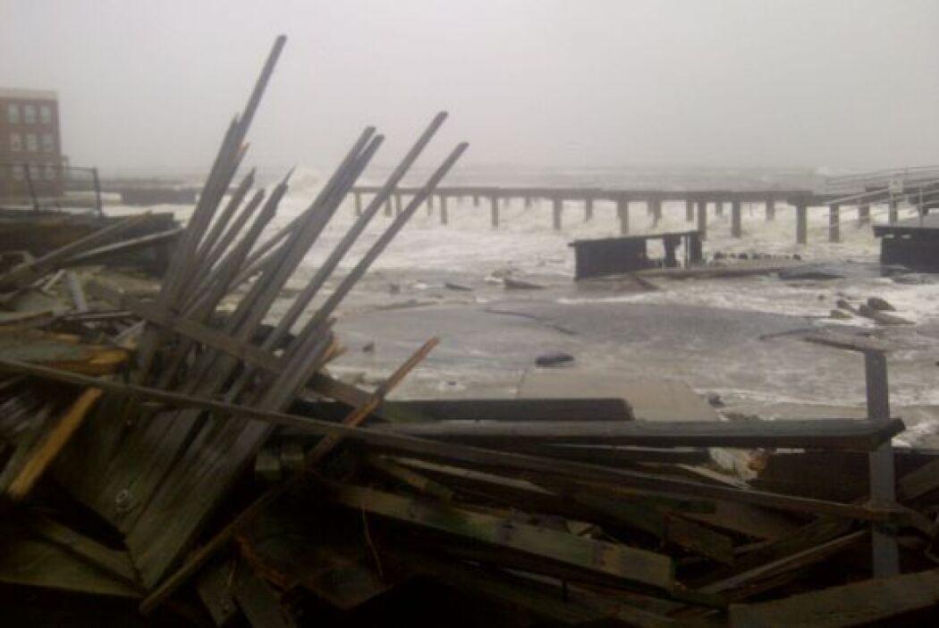 La furia del Huracán Sandy ya se hizo sentir en la costa de Nueva Jersey...