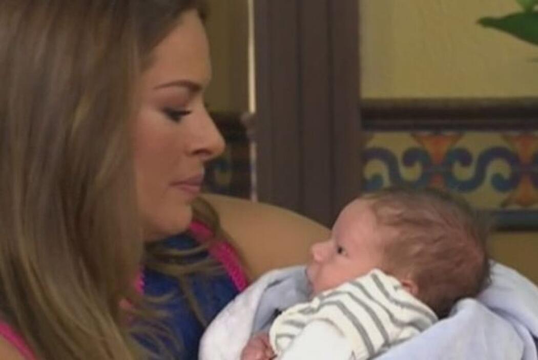 O cuando mostró por primera vez en cámaras a su pequeño hijo Mateo.