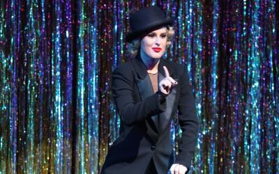 La hija de Demi Moore actúa en el renombrado musical de Broadway.