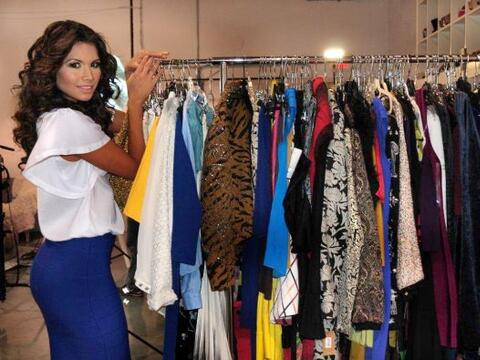 Marisela Demontecristo visitó el estudio de la diseñadora...