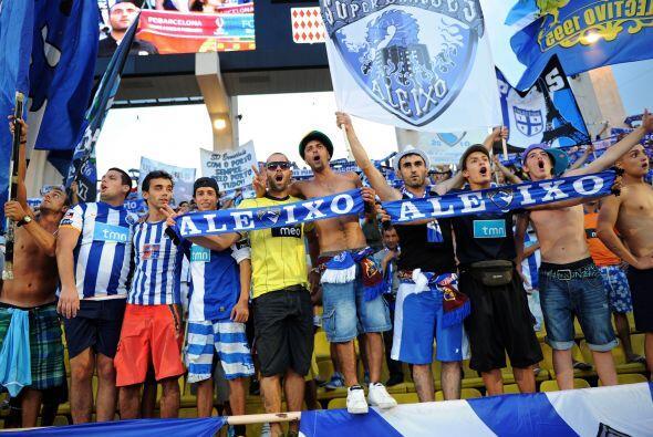 Los fanáticos del Porto colmaron las tribunas y alentaron al super campe...