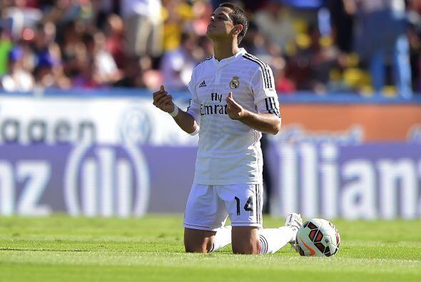 Sin embargo para los aficionados españoles los fichajes eran muy controv...
