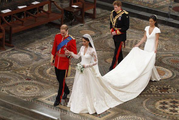 ¡Con ustedes los Duques de Cambridge! El nuevo título de Wi...