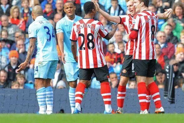 El Sunderland golpeó primero y sorprendió a los 'citizen'.