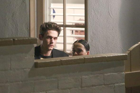 John Mayer y Katy Perry se reunieron con una amiga en casa de la cantante.