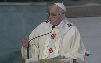 El papa Franciscos 'jala' las orejas a la Iglesia