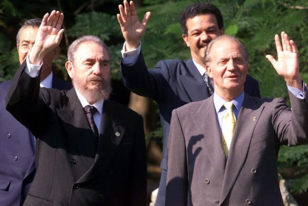 Fidel Castro y el Rey Juan Carlos I durante una de las cumbres iberoamer...
