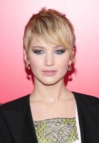 Otra chica que decidió darle un cambio a su 'look' fue Jennifer L...