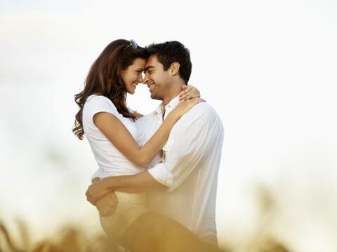 Hay ciertos hábitos que las parejas enamoradas NO hacen, no impor...