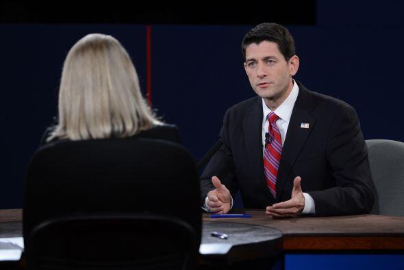 """Por su parte, el candidato republicano Paul Ryan dijo que el país es """"me..."""