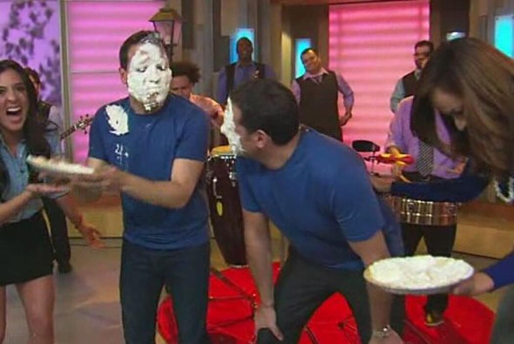 Alan y Raúl pidieron clemencia a las chicas, pero éstas los castigaron c...