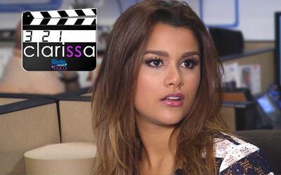 Mira un adelanto Exclusivo de la Web Serie de Clarissa Molina y prepárat...