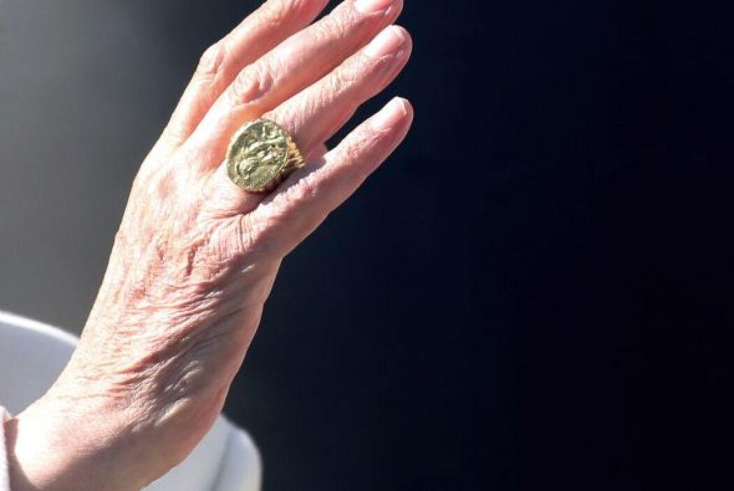 Será la primera vez en casi 600 años que un ex sumo Pontífice viva al mi...