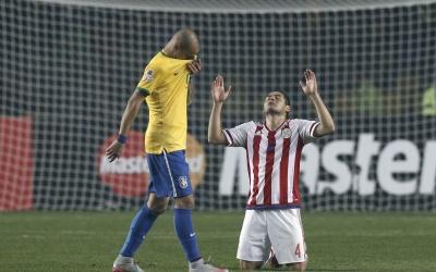 Paraguay eliminó a Brasil en penaltis.