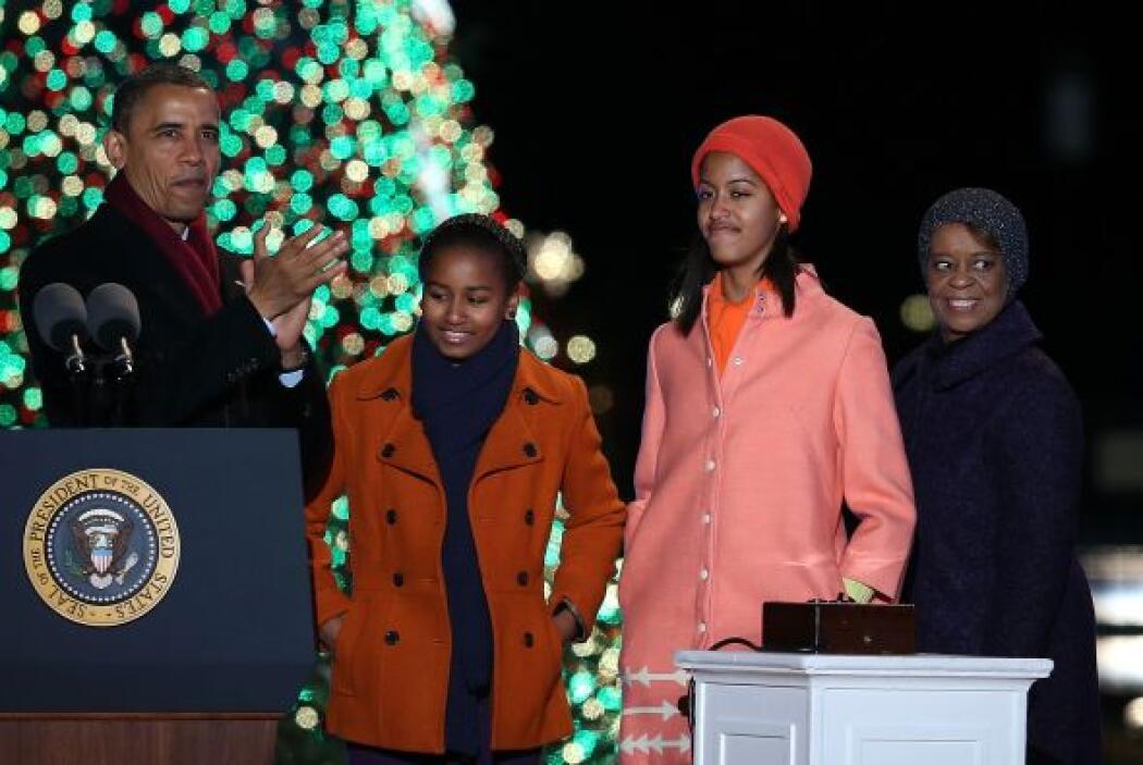 Mientras el Presidente Obama marcó la cuenta regresiva, su esposa Michel...