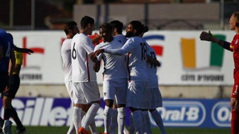 Estados Unidos celebró ante Holanda en Toulon.
