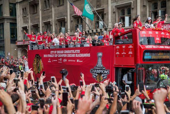 Pero uno de los momentos más especiales fue el paso del camión con todos...