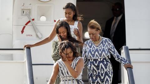 La primera dama, sus hijas y su madre llegan a Madrid para el final de l...