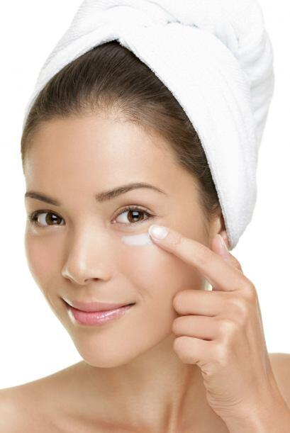 La piel alrededor de los ojos es más fina que en otras partes del cuerpo...
