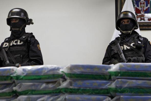 Un total de 31 dominicanos, entre ellos policías, militares y civ...