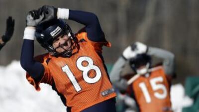 Peyton Manning habló de cómo se ha relajado en su aproximación al juego,...