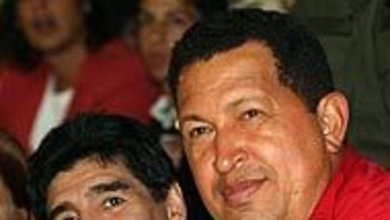 Chávez anunció nueva visita del 'chavista' Diego Armando Maradona 68848c...